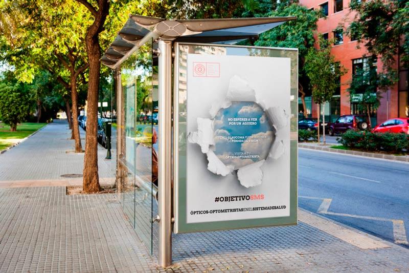 mupi parada autobus campaña objetivo sms coorm