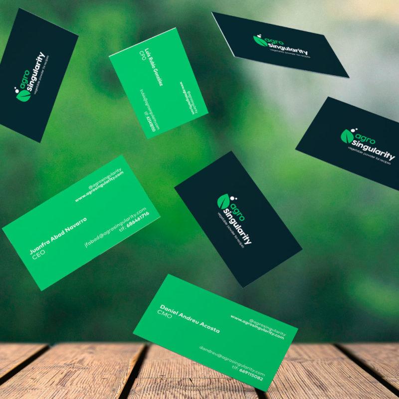 agrosingularity tarjetas de visita verde y negras cayendo