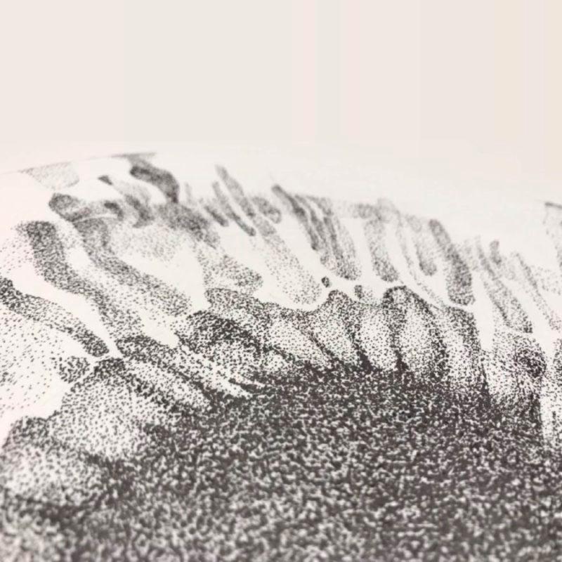 detalle ilustracion opt efecto puntillistmo lapiz